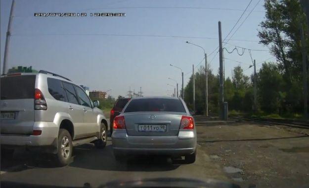 Sorpasso con vendetta in Russia