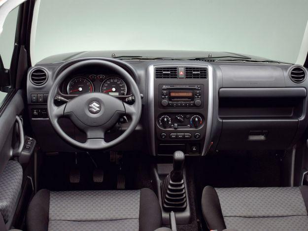 Suzuki Jimny 2012 interni