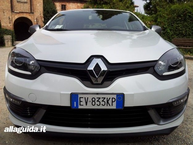 Test Drive Renault Megane Coupè