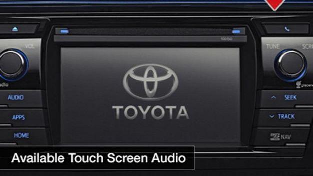 Toyota Corolla 2014, infotainment