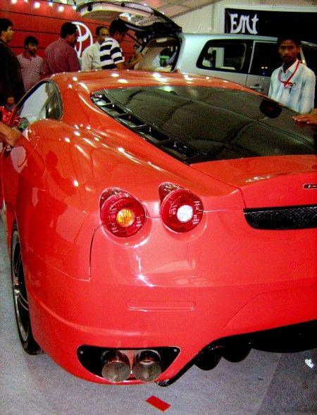 Toyota Corolla Ferrari f430 coda