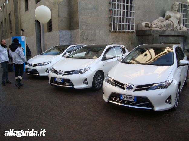 Toyota Auris 2013 HSD vari esemplari