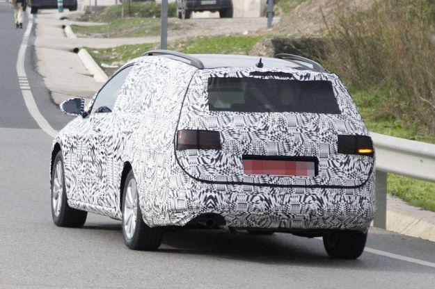 Volkswagen Golf 7 Variant posteriore