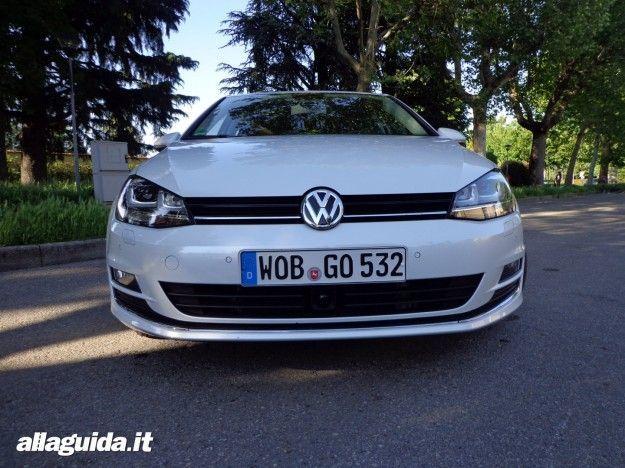 Volkswagen Golf 7 prova su strada