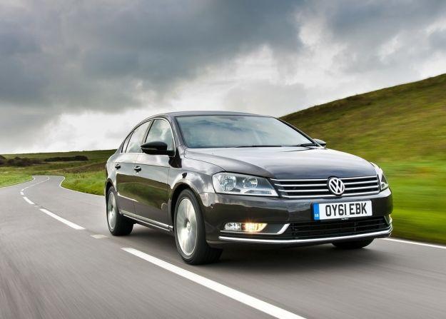 Volkswagen Passat 2011, frontale