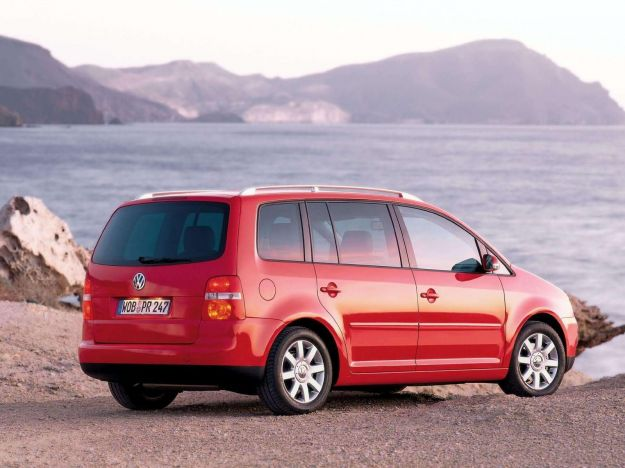 Volkswagen Touran_2003_1600x1200_wallpaper_14