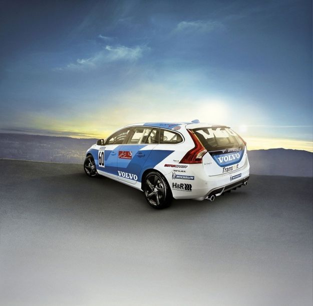 Volvo V60 Racing posteriore