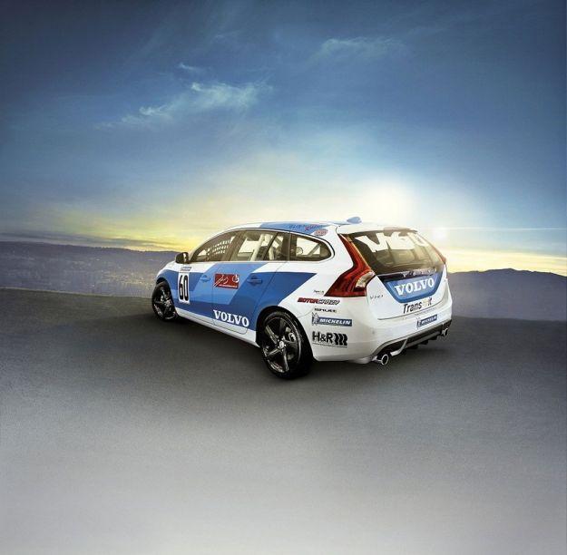 Volvo V60 Racing posteriore