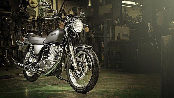 Yamaha SR 400 1
