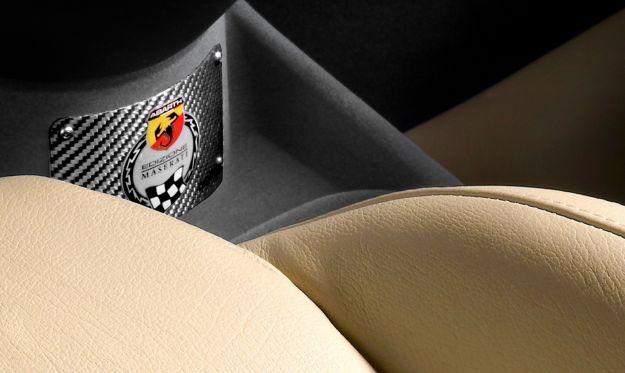 Abarth 695 Edizione Maserati-targhetta identificativa