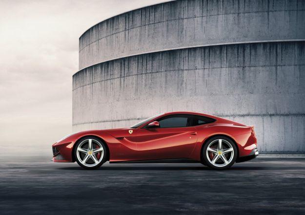 big_Ferrari_F12berlinetta_02