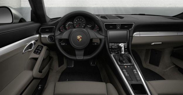 big_Porsche_911_991_43