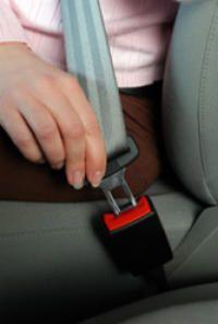 Attenzione-a-non-indossare-le-cinture-di-sicurezza