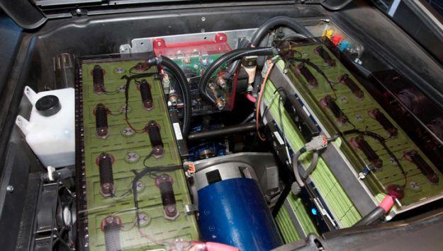 delorean dmc 12 elettrica batteria