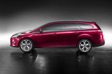 nuova ford focus station wagon 2010