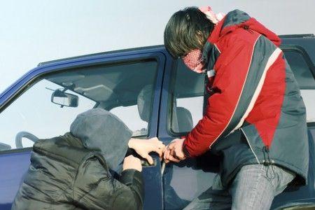 furto auto rubata