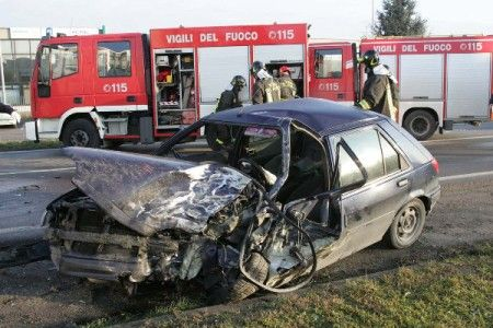 incidente stradale vigili fuoco