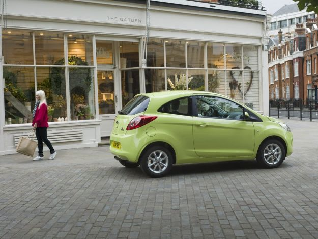 laterale posteriore Ford Ka