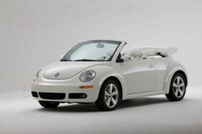 La Volkswagen New Beettle, ritenuta a torto l'erede della Maggiolino