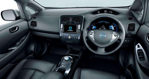 Nissan Leaf 2013-interni