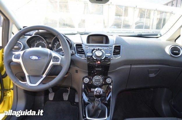 nuova ford fiesta 2013 interni