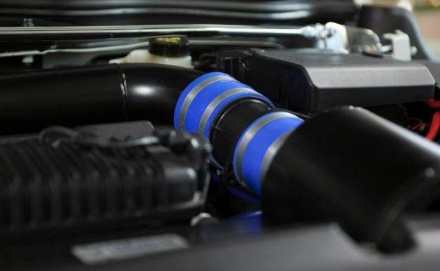 particolare del motore della V40 T5 HPC