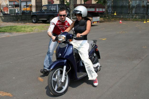 patentino ciclomotore quiz alla guida