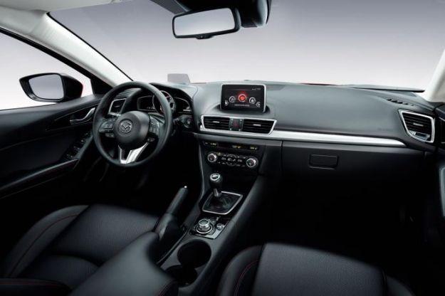 plancia nuova Mazda 3