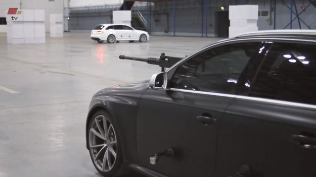 Audi RS4 Avant telecamere fiancata