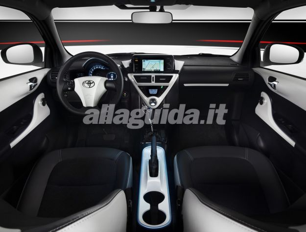 Toyota iQ EV-interni