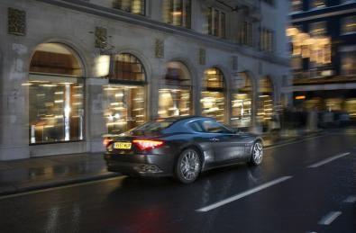 Set valigie Salvatore Ferragamo per Maserati Granturismo