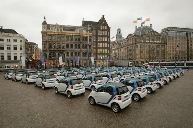 smart fortwo electric drive amsterdam car2go flotta