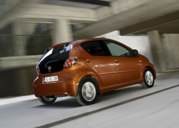 toyota aygo 2012 connect laterale posteriore