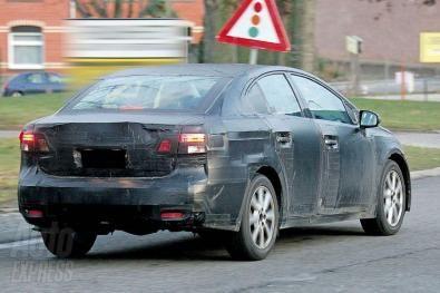 Foto SDpia Toyota Avensis