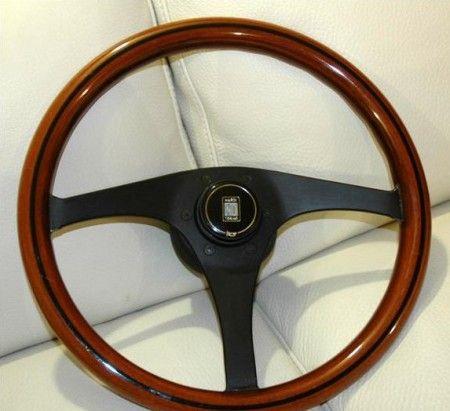 volante auto legno