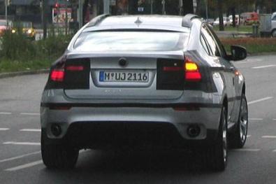 BMW X6 .