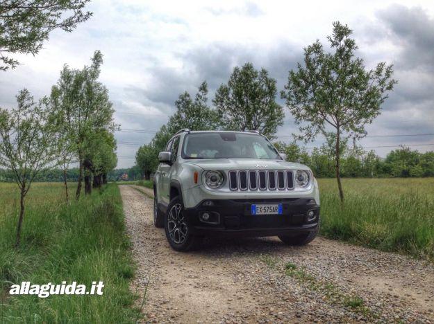 Jeep Renegade, prova su strada: dimensioni, consumi, motori anche Gpl e pareri [FOTO e VIDEO]