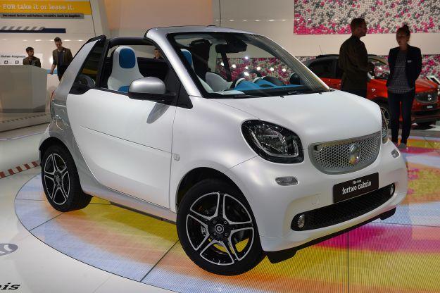 Nuova Smart ForTwo Cabrio: prezzi, scheda tecnica e motori [FOTO]