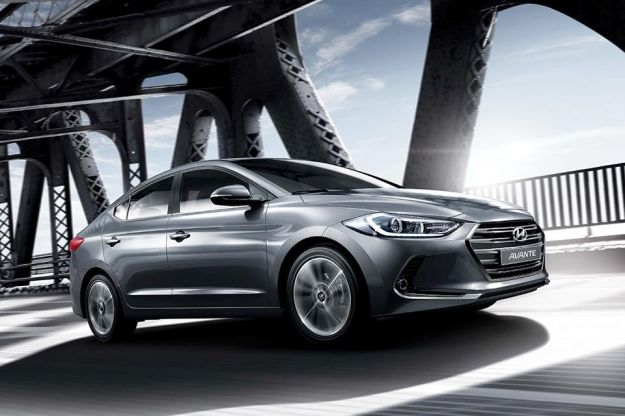 Hyundai Elantra 2016, svelata la nuova generazione [FOTO]