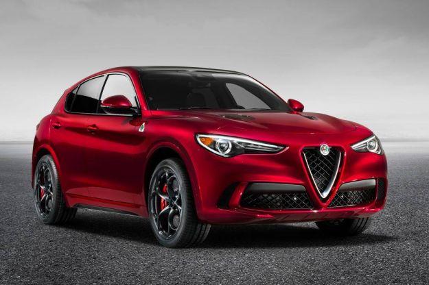 Nuova Alfa Romeo Stelvio: presentata al Salone di Los Angeles 2016 [FOTO e VIDEO]