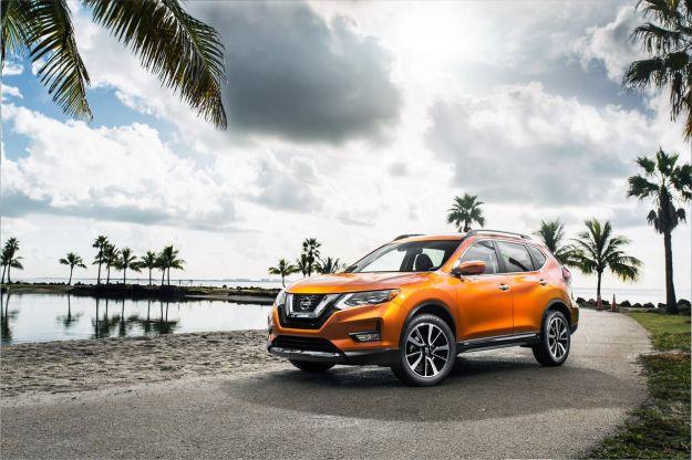 Nissan Rogue 2017: il nuovo SUV anche in versione ibrida [FOTO]