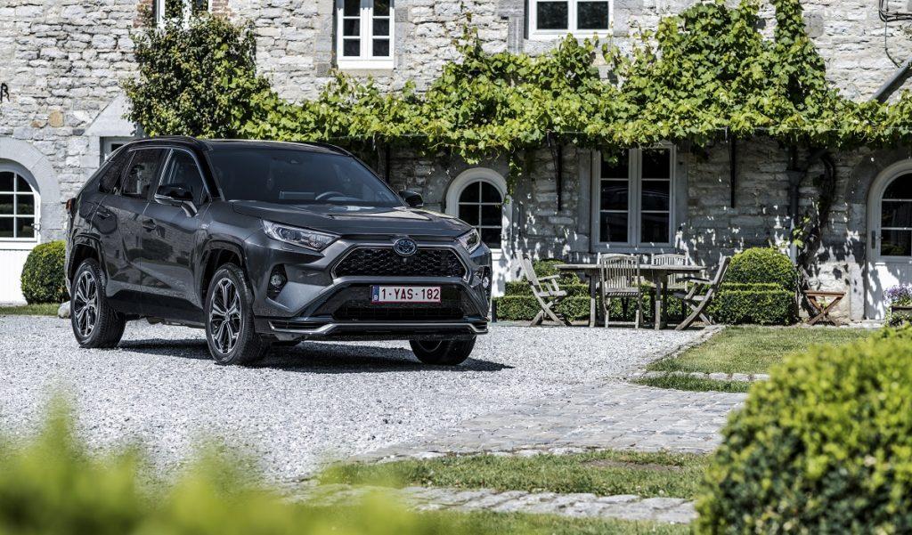 prezzo Toyota RAV4 plug-in hybrid