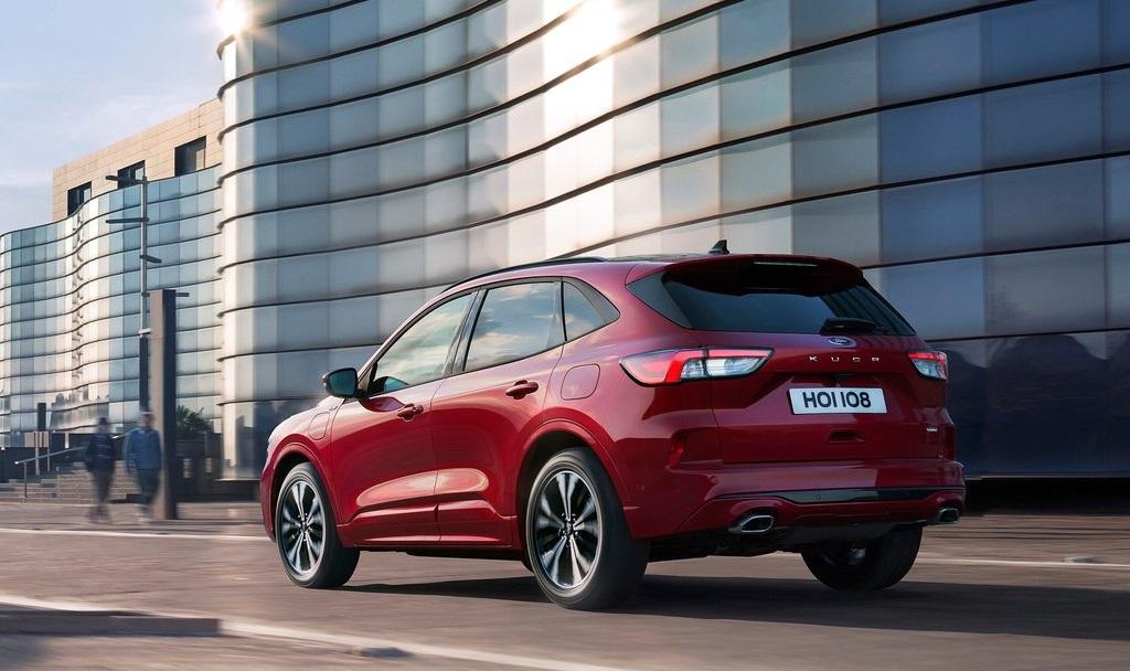 Nuova Ford Kuga: lo Sport Utility volta pagina e sposa l'efficienza