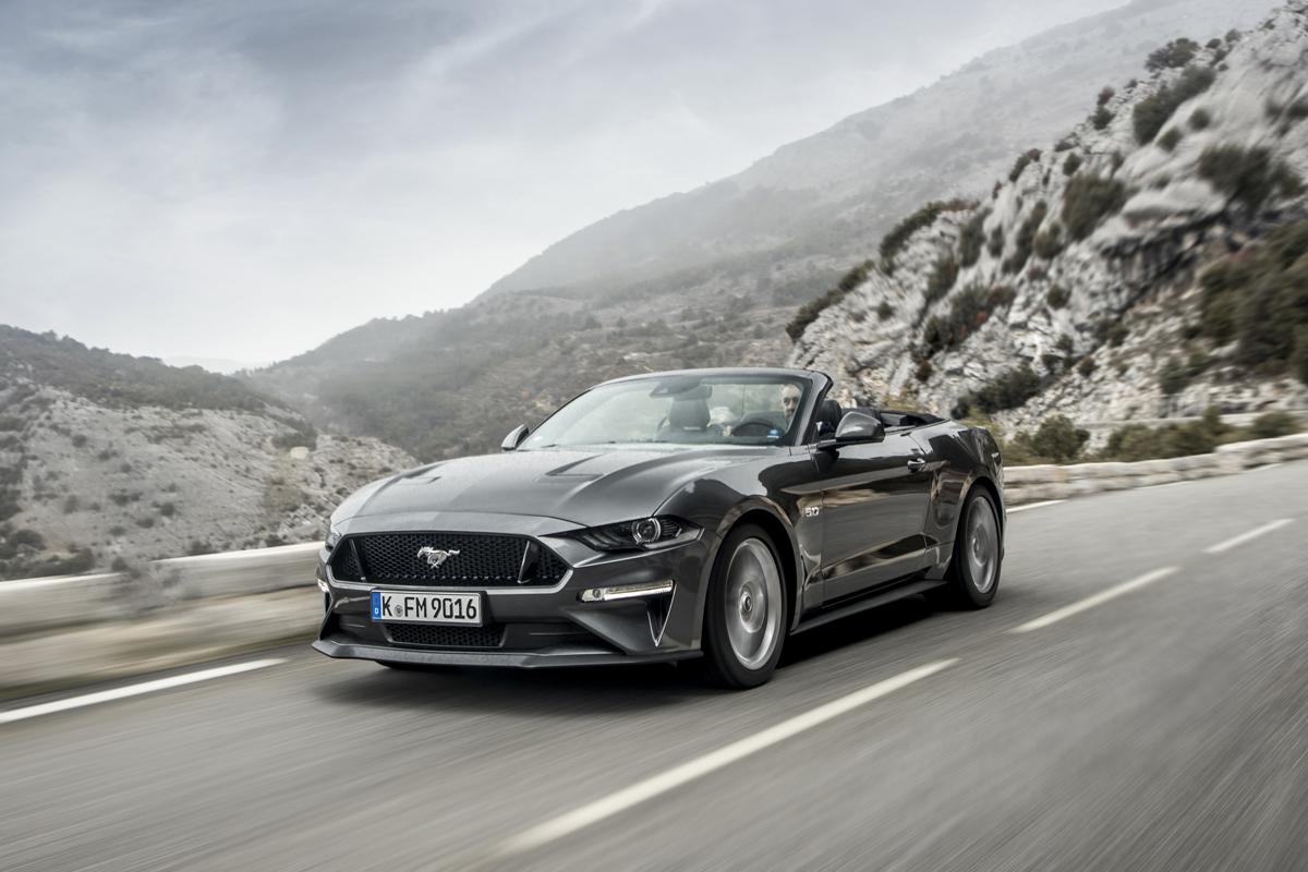 La nuova Ford Mustang dovrebbe arrivare nel 2022 con una propulsione ibrida