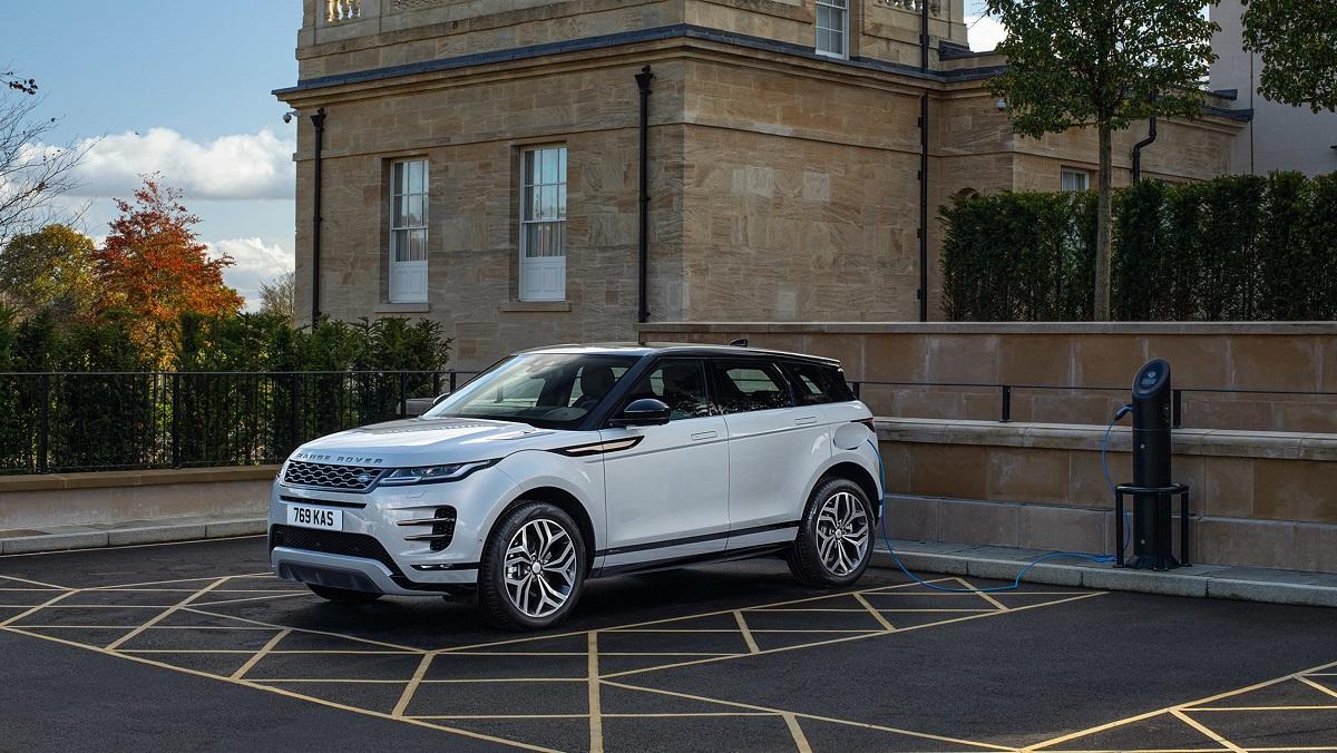 Range Rover Evoque e Land Rover Discovery, ora anche ibride plug-in