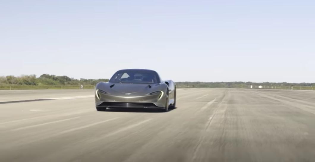 McLaren Speedtail da record, la hyper-GT sfreccia a 403 km/h e batte la F1