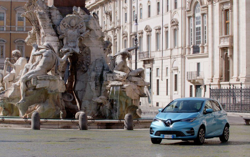 La Renault Zoe, l'auto elettrica più venduta in Italia