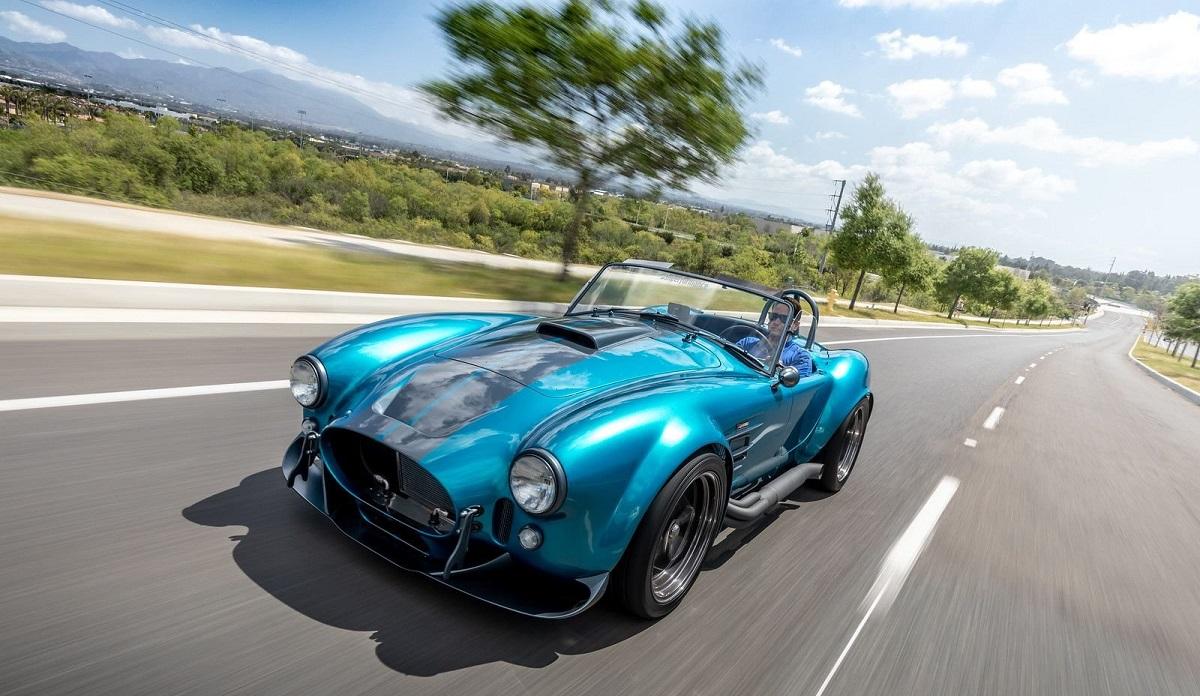 Shelby Cobra, l'iconica auto sportiva rivive in chiave moderna