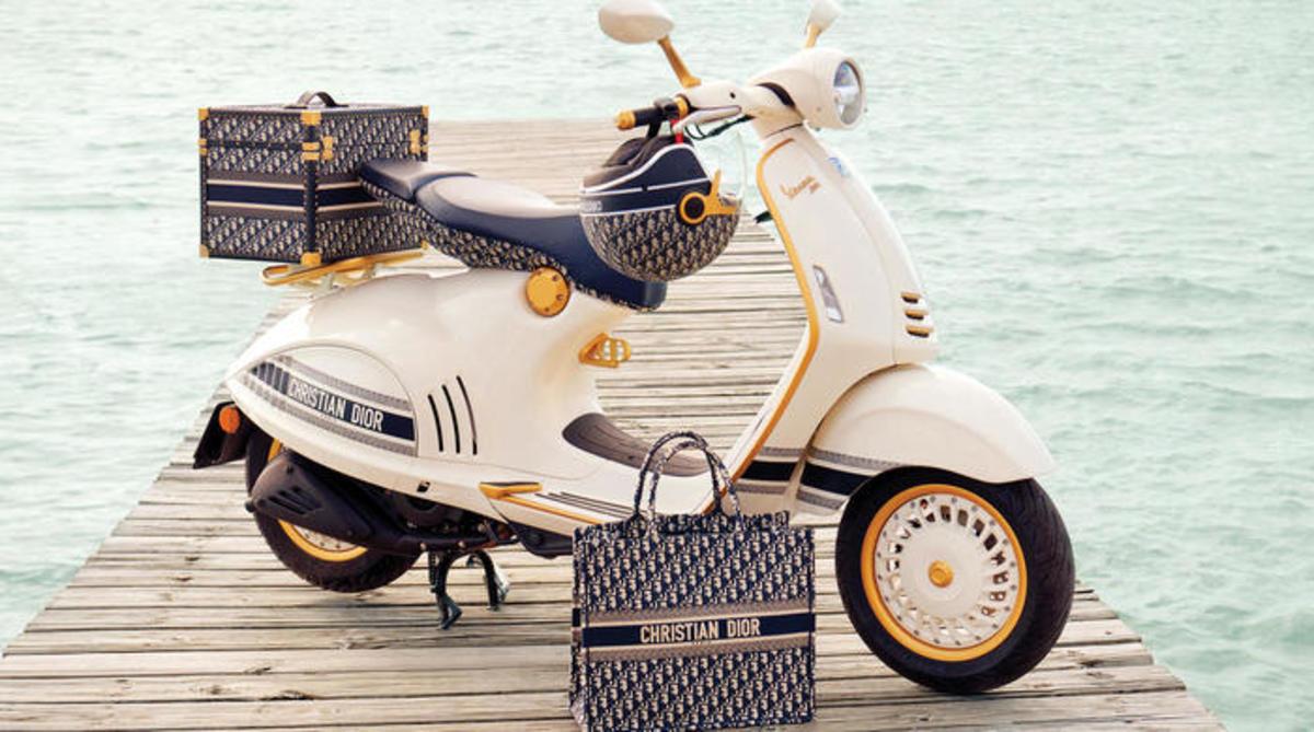 La Vespa 946 Christian Dior