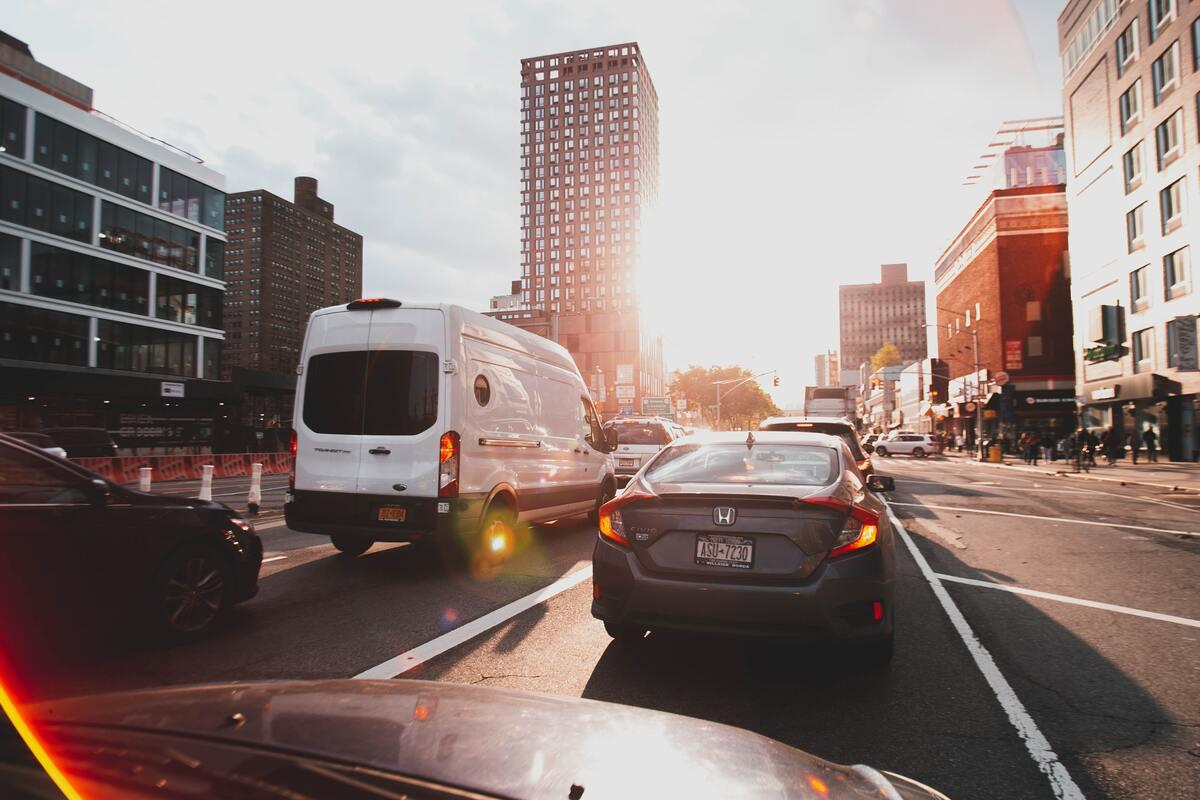 Auto nel traffico
